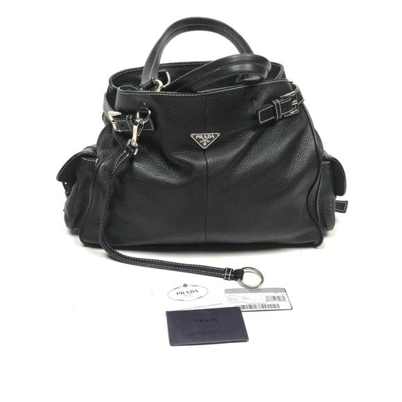 7bb53aacf930  Prada   Black Leather Vitello Daino Shoulder Bag.  M 5ac7c52336b9de4a00bf4bd6